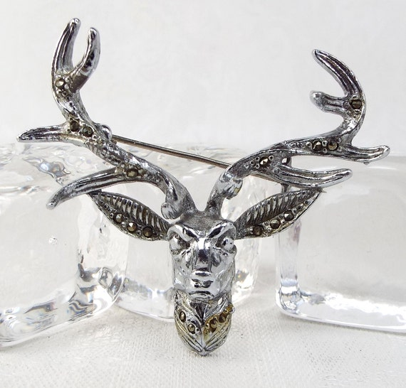 Vintage / Majestic Detailed Silver Tone Stag and Antlers Marcasite Brooch Pin