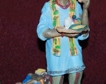 "Kwanzaa Africa The International Santa Clause Collection Labeled 4/7/8"" Figurine"