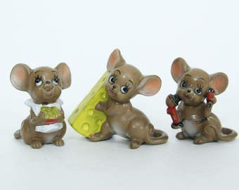 Vintage Kitsch Lot of Three Josef Originals Ceramic Mice Figurine, With Cheese and Phone