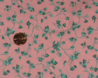 Pink Green Ivy Vine Fabric Remnant Fabric Traditions Vintage