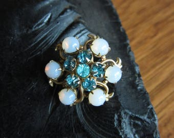 Vintage Aqua Blue Rhinestone Brooch,Iridescent Pearls, Gold,Atomic Mid Century Scatter Pin, Brooch,Prongs,Retro Jewelry,Flower Floral Brooch