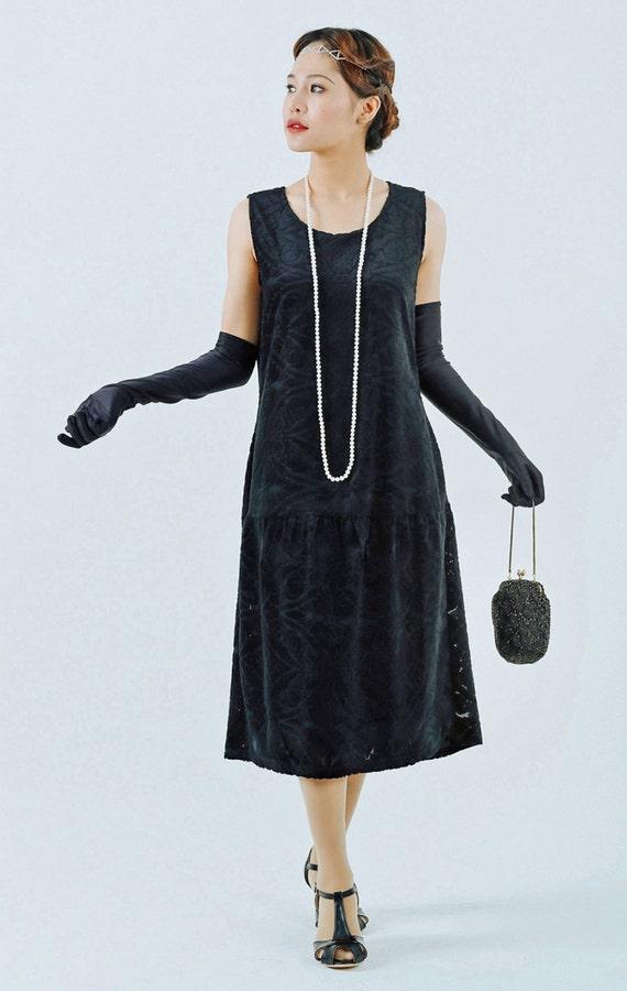 1920s Dresses for Sale Black flapper dress with burnout velvet black Great Gatsby dress 1920s velvet dress Charleston dress flapper costume 20s women dress $95.00 AT vintagedancer.com