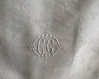 8 damask monogrammed napkins / metis