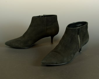 Black Suede Enzo Angiolini Ankle Boots Kitten Heel 90s Goth 7.5 US 5 UK 38 EUR