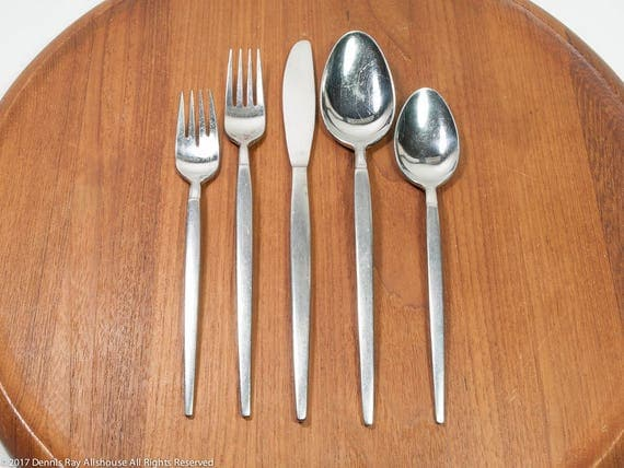 Stainless flatware, SRI Astro pattern, mid century stainless, 33 pieces, good vintage condition mid century flatware, MCM Stanley Roberts