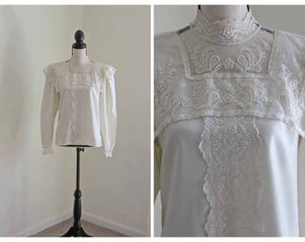 Lace Blouse Off White High Neck 1960's Button Down the Back Vintage San Andre Medium