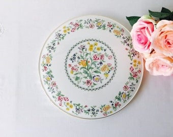 Large Gateau Plate, Royal Kent, Floral, Staffordshire, 1960s.