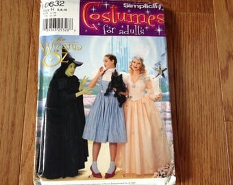 Simplicity pattern 0632 Wizard of Oz  costumes ladies size  6.8,10
