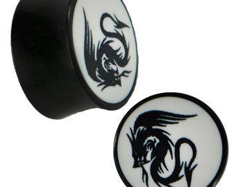 Plug Horn white engraved Dragon wings flame black piercing (No. HOP-95)