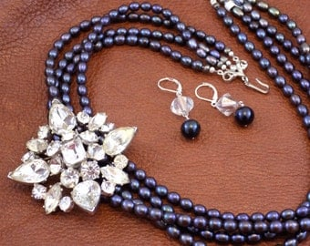 Multi Strand Black Pearl Necklace with Removable Vintage Pin Necklace Set