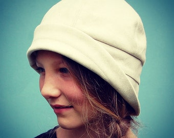 20s inspired designer hat| ZUTgiselle cloche hat| art deco style sun hat| womens sun hat| cotton summer hat in Italian designer fabric
