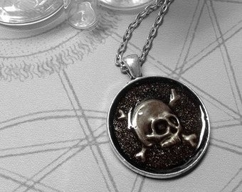 Skull & Crossbones : hand embossed repoussé metal pendant necklace