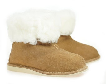 ON SALE !!! Women Natural Leather, wool, Slippers, shoes boots Very light and comfy! Good gift! Genuine