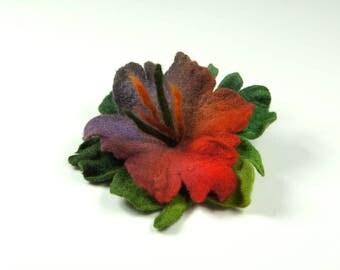 Flower brooch, felted brooch, felted flower, Feltmondo
