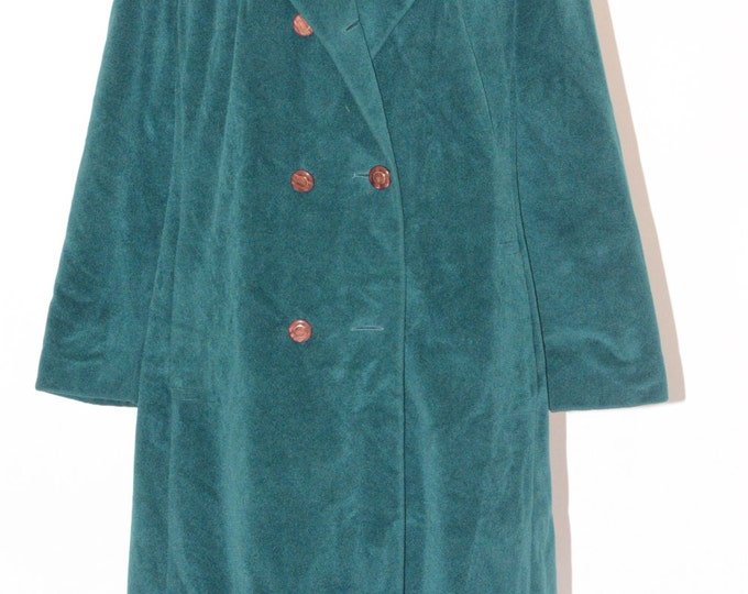 Vintage Estate Lorendale by Bromleigh Green Velour Coat