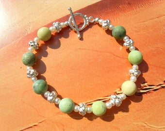 SERPENTINE bracelet GREEN Matt freshwater cultured pearl