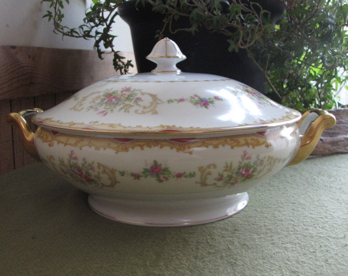 Noritake Covered Vegetable Bowl Vintage Dinnerware and Replacements circa 1930s