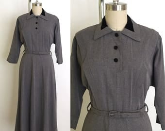 Vintage grey 1940s dress // 40s gabardine and velvet dress