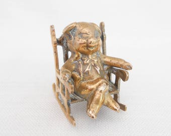 Brass Pig on a Rocking Chair - Seated Pig - Vintage Pig Ornament - Smiling Pig - Brass Home Decor, Brass Collectible Pig Ornament