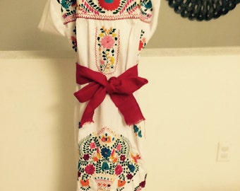 Mexican embroidered dress baby, 5 de mayo, birthday