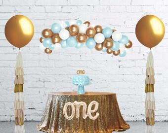 Balloon Arch Kit, Balloon Garland, DIY Balloon Garland Kit Blue, Gold and White, Balloon Arch, Balloon Backdrop, Blue Balloons