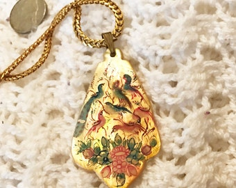 Gold Tone Cloisonne Pendant Necklace With Bird Motif 16 Inches Long Lobster Clasp