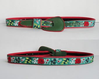 Green Vintage Leather Belt With Embroidered Flowers // Laiglon // Made In France