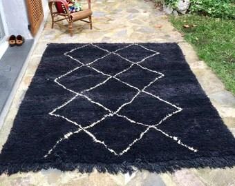 Carpet Beniouarain ground black geometric white handmade pure Virgin wool dyed natural 210cmx165cm