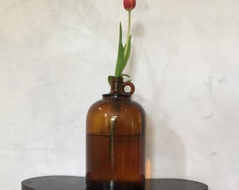 Doilies made amber bottle vase in canada