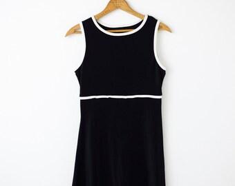 Mod-inspired Mini Dress in Black & White - Size S