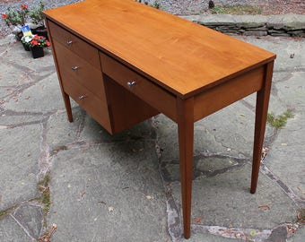 Mid Century Modern Paul McCobb Planner Group Desk Exc. Condition