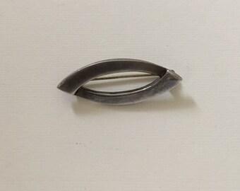 Vintage Elliptical Silver Brooch