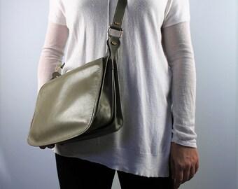 Vintage crossbody purse satchel light khaki handbag military green purse 1980s