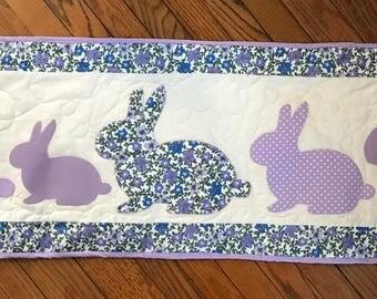 Easter bunny tablerunner