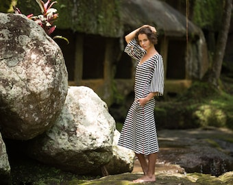 Black and white striped dress,Long cotton dress women, Midi dress with sleeves, Loose fit casual summer dress, V neck dress with pockets