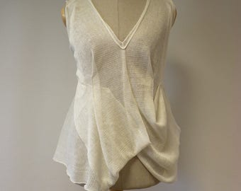 Feminine transparent knitted off-white linen top, M size. Perfect for Summer. Only one sample.