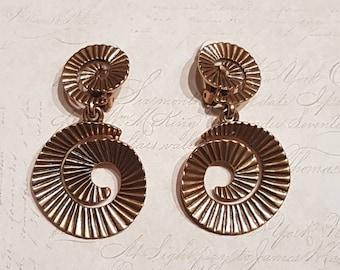 Oscar De La Renta Earrings Vintage Gold Drop clip on