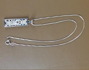 Vintage sterling necklace Hawaiian souvenir