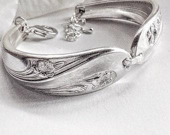 Silver  Spoon Bracelet, Spoon Jewelry, Silverware Jewelry, Vintage Jewelry, Cutlery Bracelet, Antique  Silver  Spoon Jewelry, Spoon Bracelet