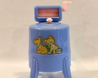 Dollhouse Furniture, Renwal Wringer Washer, Blue and Pink, Teddy Bears Decal on Front, # 31, Hard Plastic,
