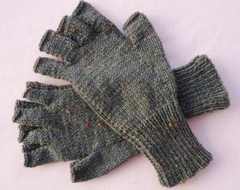 Mens/Gents half finger/fingerless Grey Fleck/Tweed coloured gloves