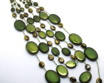 Vintage Green and Gold Bead Necklace
