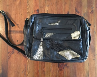Vintage black and gold leather metallic shiny purse - 1980s Style Vintage Purse
