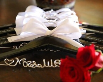 Set of 7 personalized hanger, wedding hanger, bridal hanger bridal gift, customized hanger, bridesmaid hanger