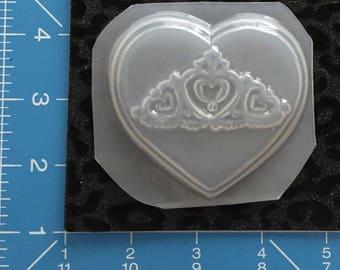 Crown heart mold