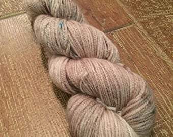 Hand Dyed Superwash Merino DK/Light Worsted Yarn Wool, 100g/3.5oz, 'John Wayne'