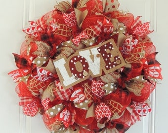 Rustic Valentine Wreath, Burlap Valentine Wreath Valentine's day burlap Wreath, Love Front door wreaths, Door Hanger Decor
