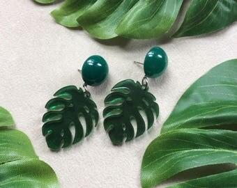 Small Monstera Leaf Earrings in Translucent Jungle Green. Tiki, Tropical, Polynesian, Palm Leaf