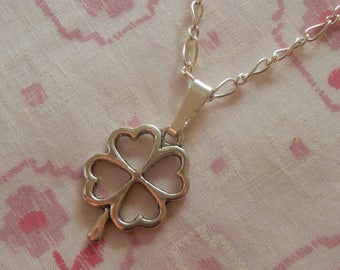 Silver Plated Heart Lucky Four Leaf Clover Pendant Irish Necklace