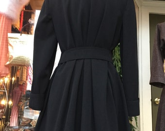 40's Gabardine Wool Black Gothic Coat Beautiful! Women's Medium